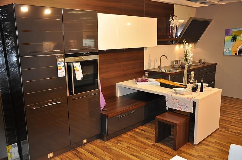 nolte musterk che moderne hochglanz designk che superg nstig ausstellungsk che in bad neustadt. Black Bedroom Furniture Sets. Home Design Ideas