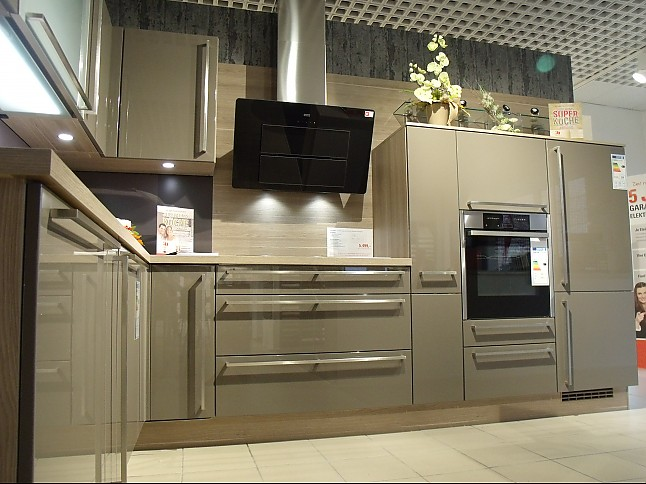 nobilia musterk che einbauk che ausstellungsk che in. Black Bedroom Furniture Sets. Home Design Ideas