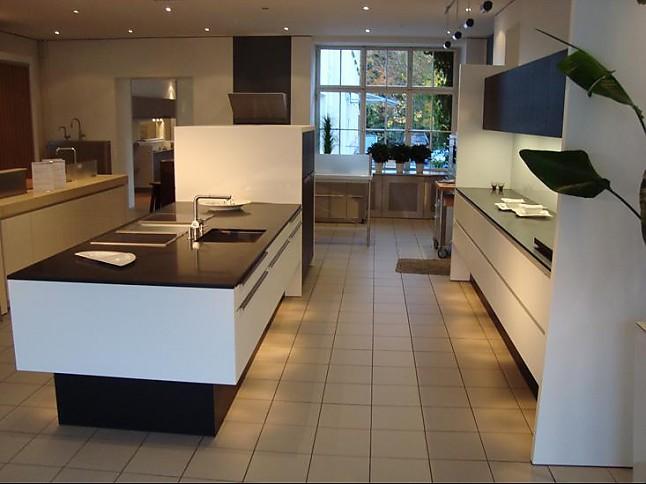 eggersmann musterk che kochinsel und wandzeile mit granit arbeitsplatte ausstellungsk che in. Black Bedroom Furniture Sets. Home Design Ideas