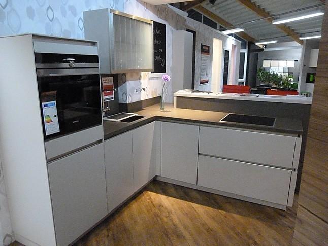 Bauformat küchen  bauformat-Musterküche Bauformat - Küche: Ausstellungsküche in ...
