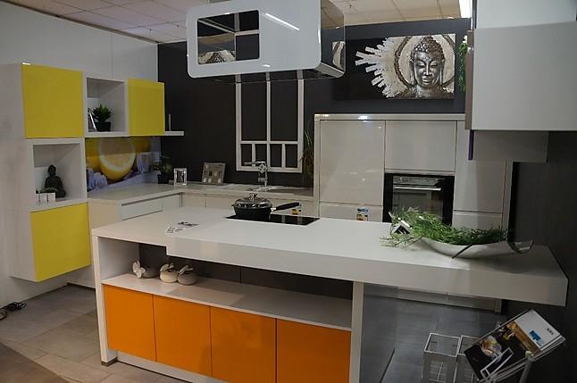 nolte musterk che modern im design ausstellungsk che in schwandorf von mega k chenwelt. Black Bedroom Furniture Sets. Home Design Ideas