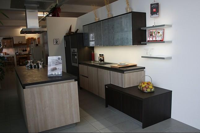 Luxusküchen holz  Störmer Küchen-Musterküche Küche 2 - Grifflos Sägerau Front Helles ...
