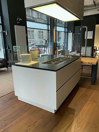 Boffi Musterküche K 14 Insel mit angesetztem Tisch aus Tanne antik Ausstellungsküche in Dresden ...