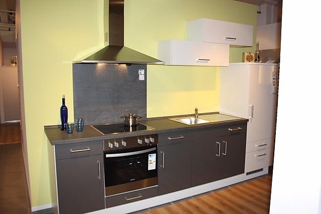 Impuls musterkuche einbaukuchenzeile in hochglanz 300cm for Küchen kaiserslautern