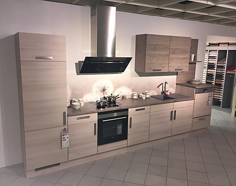 Moderne küchenzeile mit motiv nischenrückwand cora 247 mediterrana waagerecht 176 eiche terra