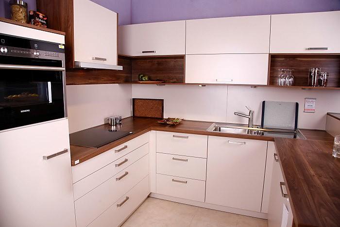musterk che novum champagner ausstellungsk che in regensburg von pusch schreib gmbh. Black Bedroom Furniture Sets. Home Design Ideas