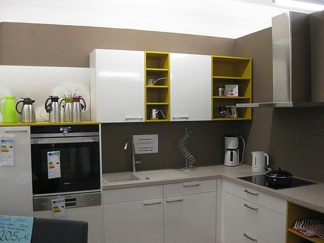 Häcker   Neo Weiß Glänzend/ Curry Moderne L  Küche In Weiß Glänzend Mit  Curry Matt Kunststofffront