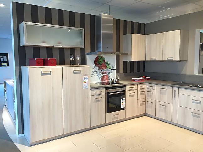Brigitte delta 2112 akazie helle küche mit holzoptik