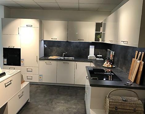 Moderne platingrau hochglänzende küche blue steel ap como platingrau hochglänzend