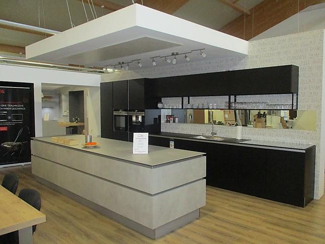 Nolte-Musterküche (Vorführküche, Nolte Küchen): Ausstellungsküche in ...