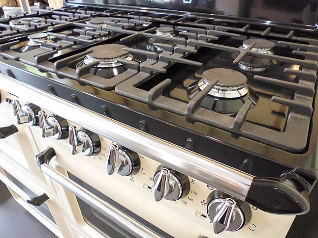 Smeg Kühlschrank Victoria : Herdset kochzentrum 110cm victoria tr4110pd1 u2013 smeg kochzentrum