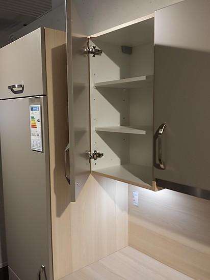 nobilia musterk che l k che in lack matt. Black Bedroom Furniture Sets. Home Design Ideas