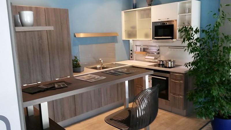 h cker musterk che h cker ausstellungsk che ausstellungsk che in markt schwaben von k che 3000. Black Bedroom Furniture Sets. Home Design Ideas