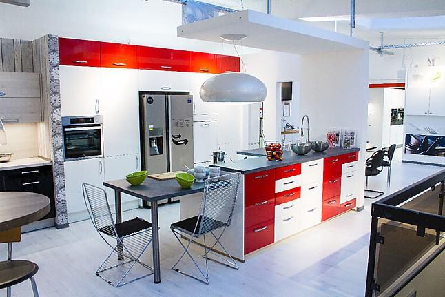 nobilia musterk che fc k che ausstellungsk che in k ln von ahrendt gmbh. Black Bedroom Furniture Sets. Home Design Ideas