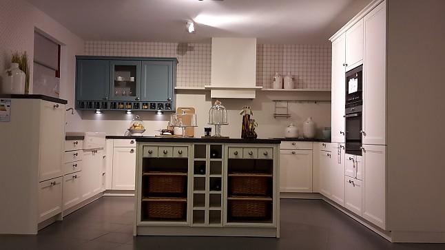 sch ller musterk che gem tliche landhausk che mit. Black Bedroom Furniture Sets. Home Design Ideas