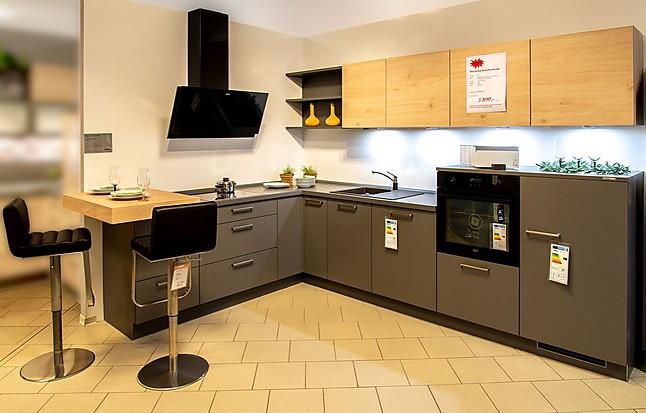 Nolte Musterküche Moderne Küche In Dunklen Quarzgrau In Kombination