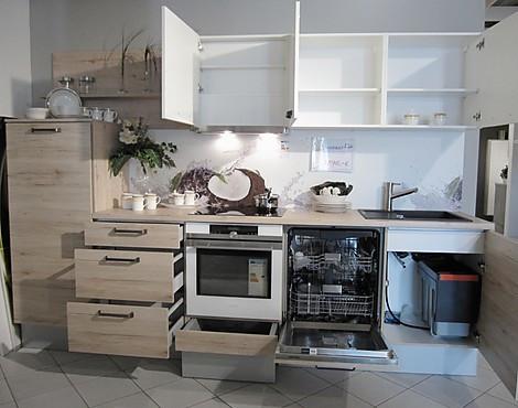 dan kchen eggenfelden good estate in extremadura with dan kchen eggenfelden elegant barra with. Black Bedroom Furniture Sets. Home Design Ideas
