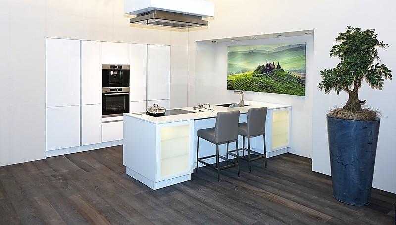sch ller musterk che wundersch ne und luxuri s. Black Bedroom Furniture Sets. Home Design Ideas