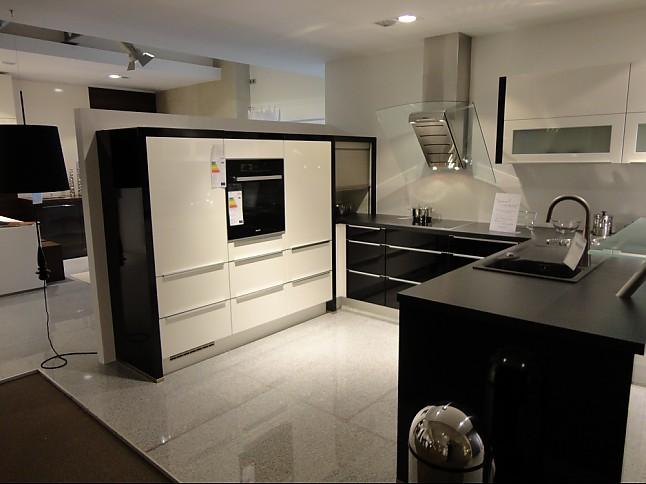 kche hochglanz schwarz best full size of dekoration schwarz hochglanz kuche ebenfalls kleines. Black Bedroom Furniture Sets. Home Design Ideas