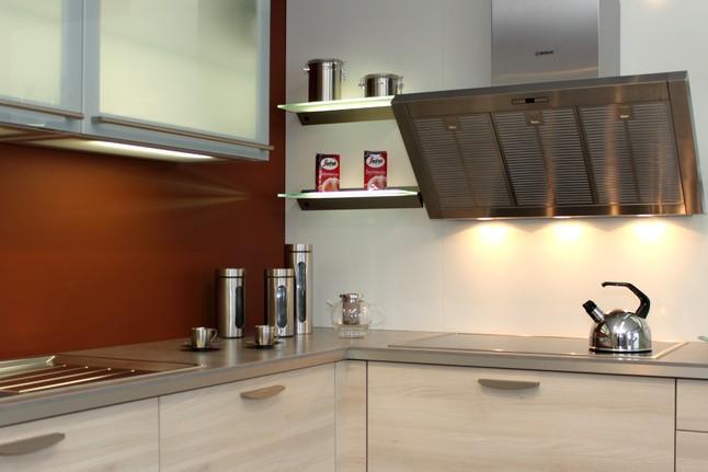h cker musterk che akazie hell ausstellungsk che in von. Black Bedroom Furniture Sets. Home Design Ideas