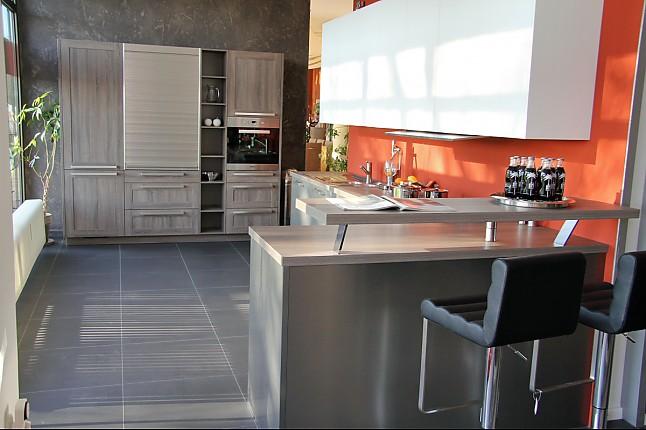 selektion d musterk che modern designte k che mit theke ausstellungsk che in teising von kkl k chen. Black Bedroom Furniture Sets. Home Design Ideas