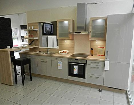 musterk chen neueste ausstellungsk chen und musterk chen seite 84. Black Bedroom Furniture Sets. Home Design Ideas