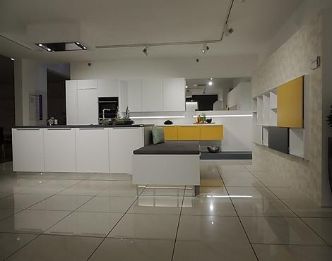 musterk chen neueste ausstellungsk chen und musterk chen seite 48. Black Bedroom Furniture Sets. Home Design Ideas