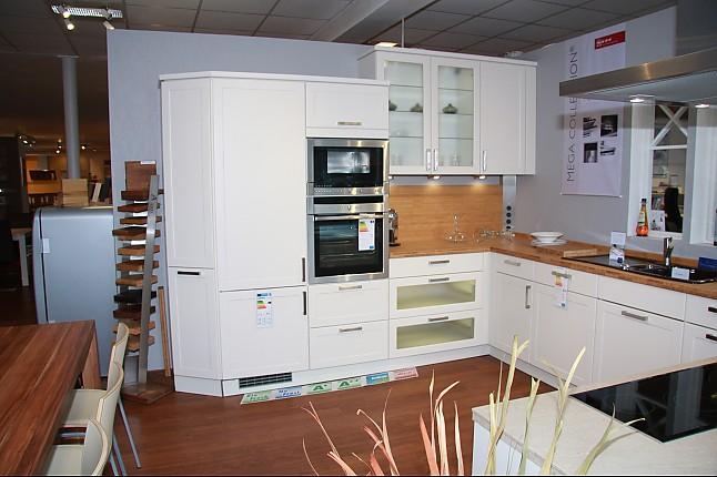 nolte musterk che klassisch matt cremefarben mk 08 o g o apl ausstellungsk che in hamburg von. Black Bedroom Furniture Sets. Home Design Ideas