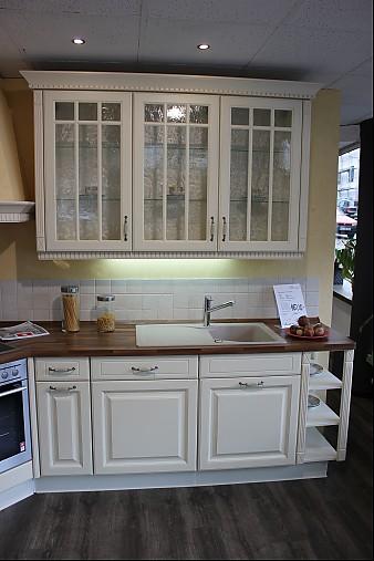nobilia musterk che romantische landhausk che in vanille gewischt l form ca 300x290 cm. Black Bedroom Furniture Sets. Home Design Ideas