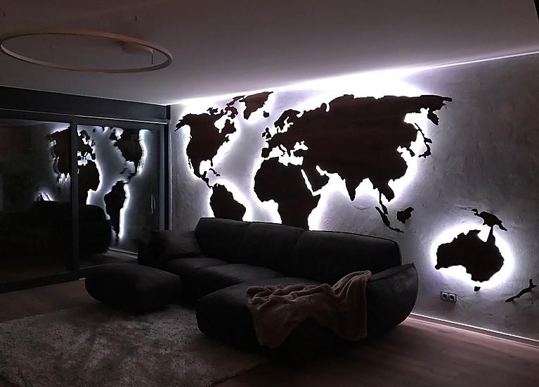 wanddeko weltkarte beleuchtet wanddeko weltkarte wandbild. Black Bedroom Furniture Sets. Home Design Ideas