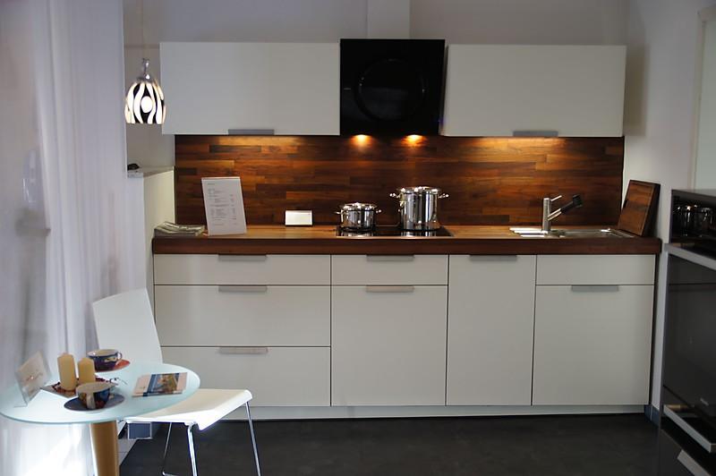 warendorf musterk che warendorf sch ne lackk che. Black Bedroom Furniture Sets. Home Design Ideas