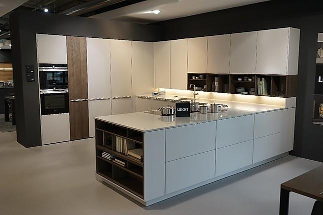große U-Küche