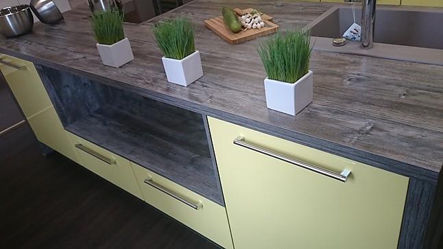 artego musterk che moderne k che mit kochinsel und ionenhaube ausstellungsk che in brand. Black Bedroom Furniture Sets. Home Design Ideas