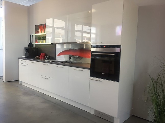 Häcker-Musterküche Häcker Küche Neo Weiß Glänzend