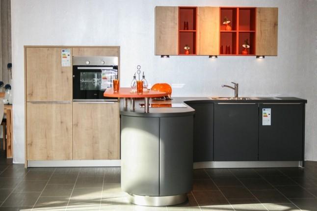 sch ller musterk che bari 847 ausstellungsk che in. Black Bedroom Furniture Sets. Home Design Ideas
