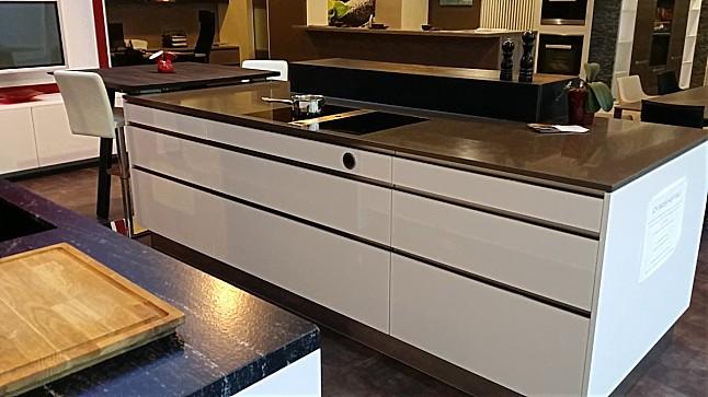 Schmidt Küchen-Musterküche Inselküche MicronLack weiss modern mit ...