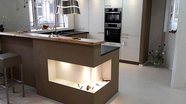 zeyko musterk che mattlack zimtfarben mit heller holzkombi. Black Bedroom Furniture Sets. Home Design Ideas