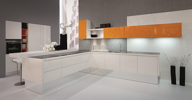 nolte musterk che moderne planung ausstellungsk che in weilbach s d von e k chendesign. Black Bedroom Furniture Sets. Home Design Ideas