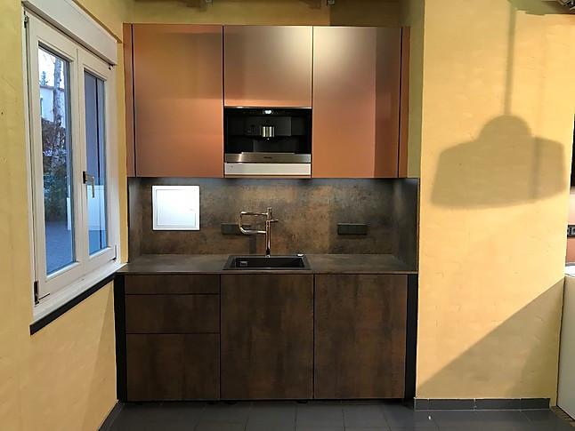 kh system m bel musterk che keramik pianovo metall kleine luxus k che ausstellungsk che in. Black Bedroom Furniture Sets. Home Design Ideas