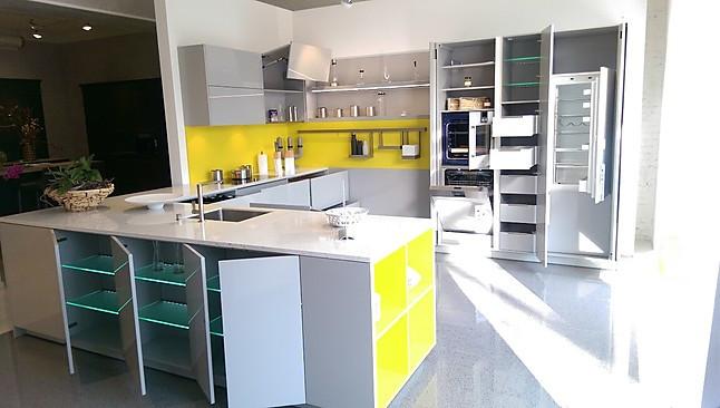Warendorf-Musterküche Grifflose Küche - zeitlos-modern mit Stein ...
