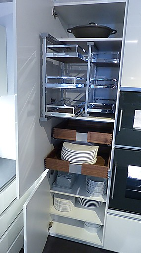 zeyko musterk che horizon forum 16 bw hl. Black Bedroom Furniture Sets. Home Design Ideas
