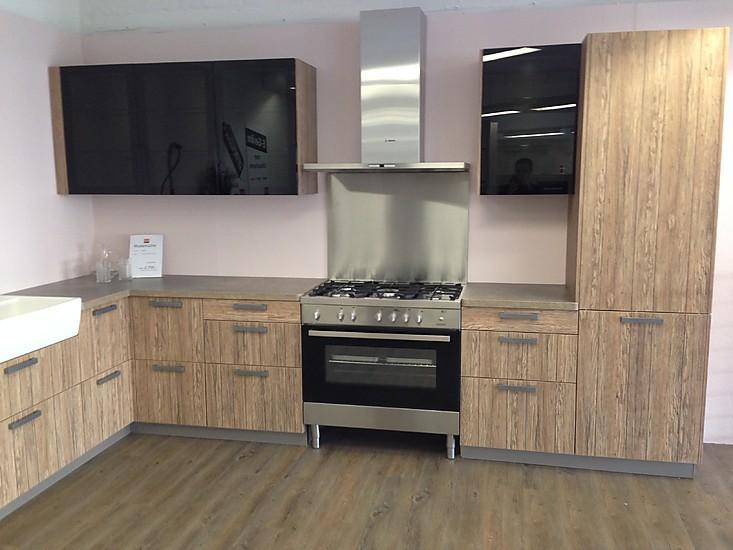 bauformat musterk che moderne und rustikale k che ber eck ausstellungsk che in hamburg von. Black Bedroom Furniture Sets. Home Design Ideas