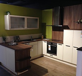 sch ller musterk che einbauk che ausstellungsk che in essen von m bel hensel. Black Bedroom Furniture Sets. Home Design Ideas