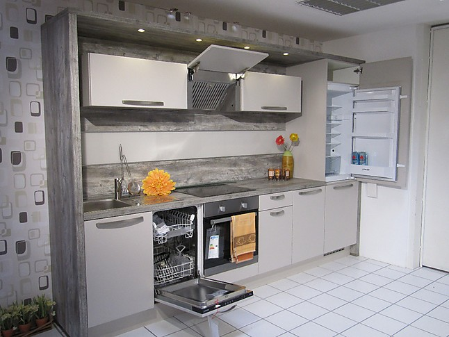 nobilia musterk che design zeile ausstellungsk che in geilenkirchen von heico k chen. Black Bedroom Furniture Sets. Home Design Ideas