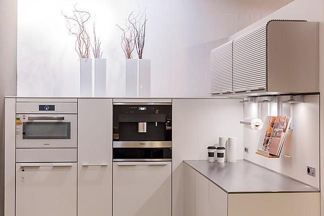 bulthaup musterk che hochwertige kleine k che. Black Bedroom Furniture Sets. Home Design Ideas