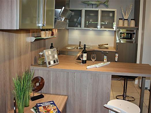 cube musterk che zeitlose k che mit thekenl sung zum abverkaufspreis ausstellungsk che in. Black Bedroom Furniture Sets. Home Design Ideas