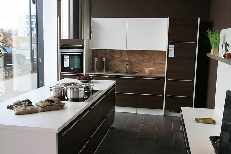 nobilia musterk che verkauft ausstellungsk che in m nchen von k chentreff m nchen freiham. Black Bedroom Furniture Sets. Home Design Ideas
