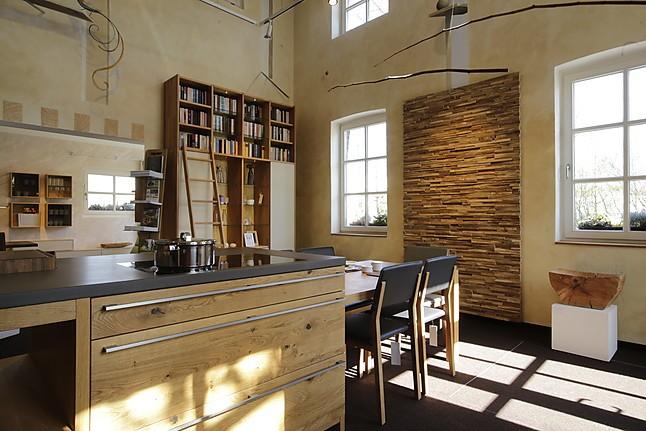 TEAM 7-Musterküche Küche Loft: Ausstellungsküche in von