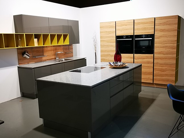 Goldreif-Musterküche großzügige hochglanz Lack Küche in modernem ...