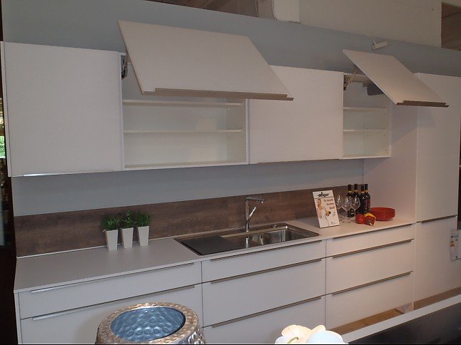 nobilia musterk che moderne einbauk che mit kochinsel inkl. Black Bedroom Furniture Sets. Home Design Ideas